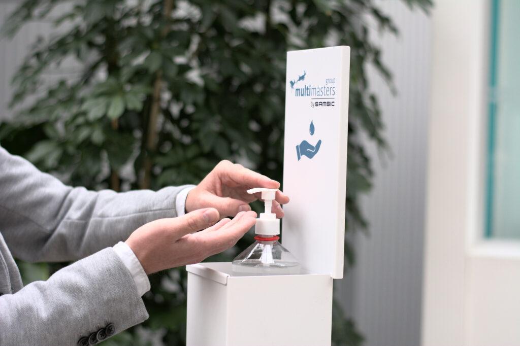 De desinfectiezuil White'Box is een belangrijke bijdrage aan de sanitaire hygiëne in uw gebouwen.