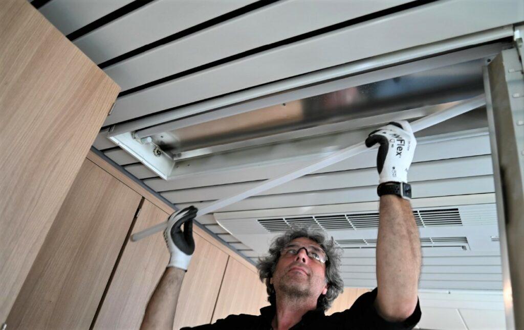 De techniekers van Maintenance Masters verzorgen het onderhoud van uw technische installaties.